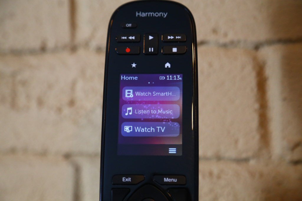 Logitech Harmony Ultimate Remote Screen