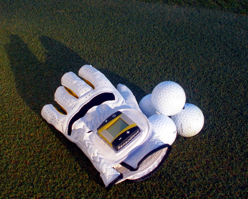 SensoGlove Review – Correcting Your Golf Swing One Finger At A Time! sensoglove, swing