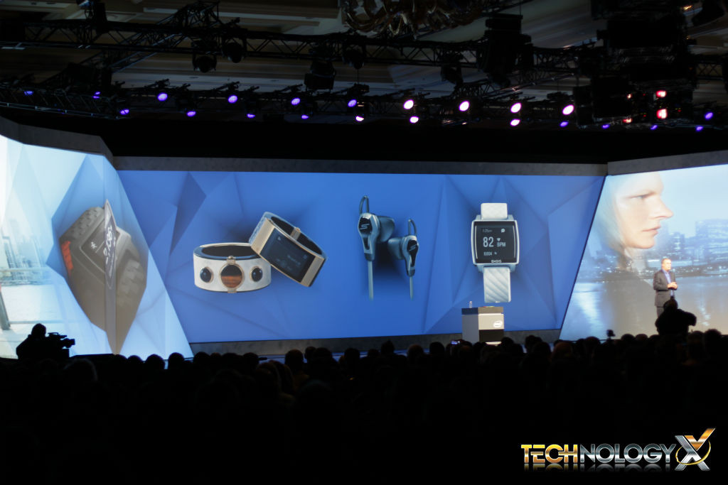 intel_press-conference-wearables-1