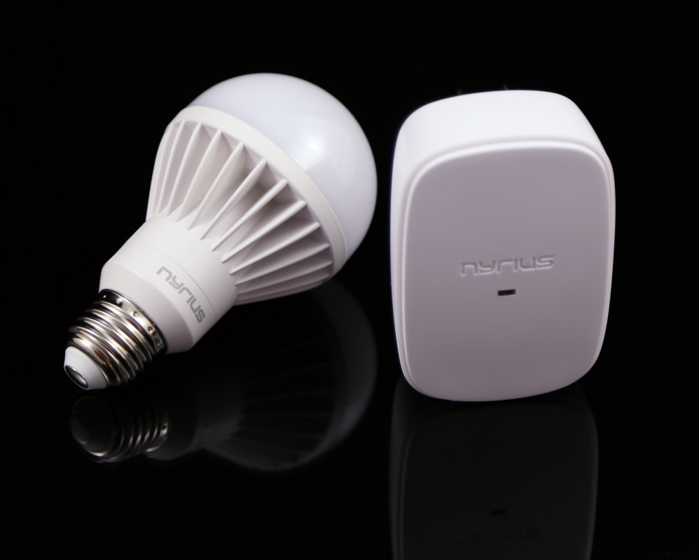 Nyrius Light Bulb and Outlet 7